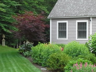 landscape gallery strafford nh - Plantings around a house.